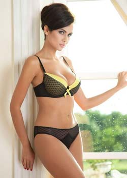 High-Profile Call Girls in Delhi